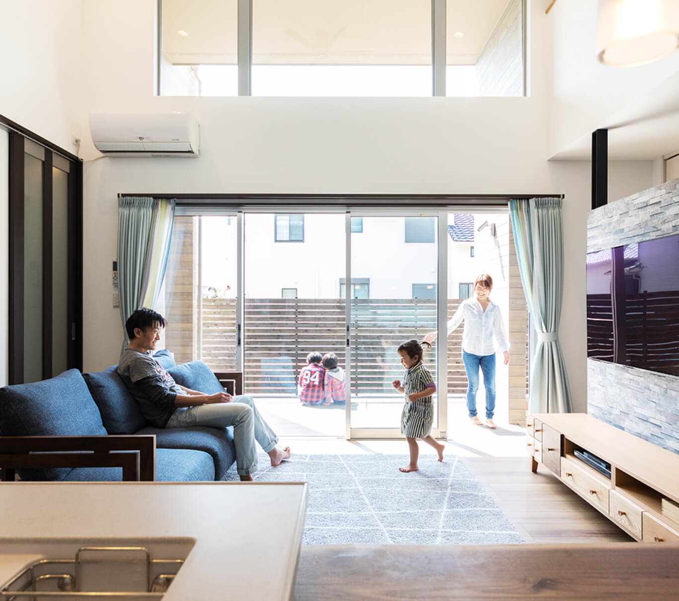自由な発想で建てる分譲住宅でご家族に笑顔をお届け