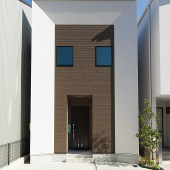 フレームデザインの家
