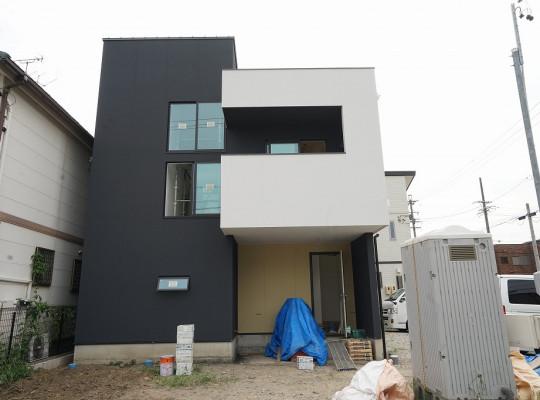 中川区注文住宅「K様邸」塗装工事。