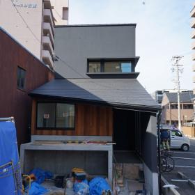中村区注文住宅「ナナメに飛び出す庇のあるオフィス」完成間近