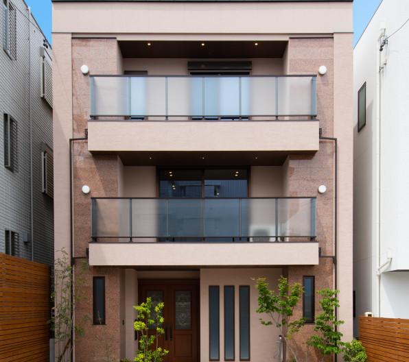 Retro  Modern Luxury House